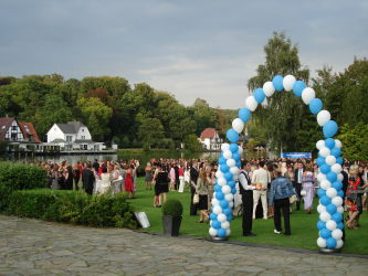 10th Anniversary Solvay Russia: A Russian Solvay delegation of 562 guests admired Belgium. gallery