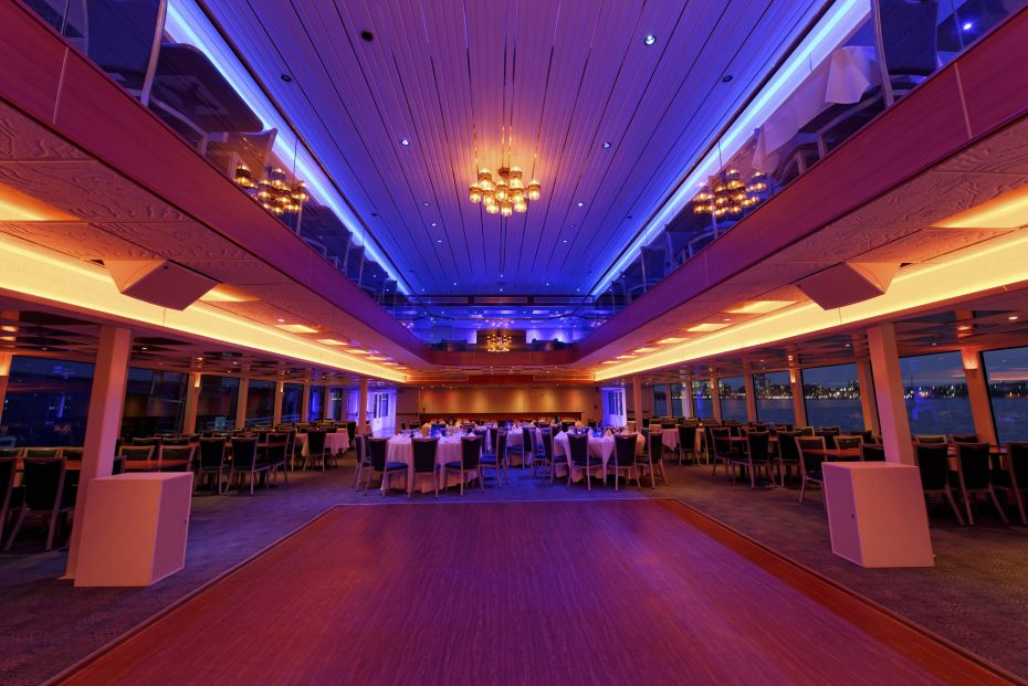 Hornblower Cruises & Events New York Port